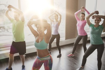 7 esercizi per dimagrire in una settimana