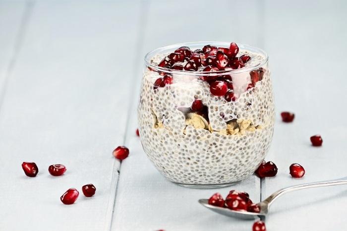 semi di chia ricette per dimagrire con frutta yogurt e cereali